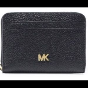 Michael Kors Pebbled Wallet